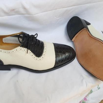 Handmade Men Oxford Black and White..